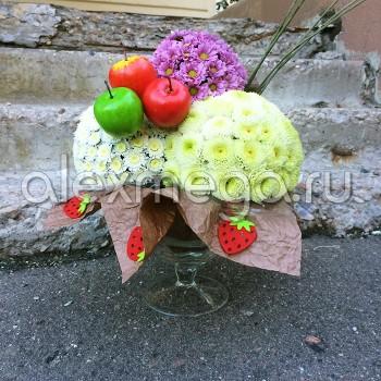 """Композиция """"Мороженое"""" в хрустальной вазе"""