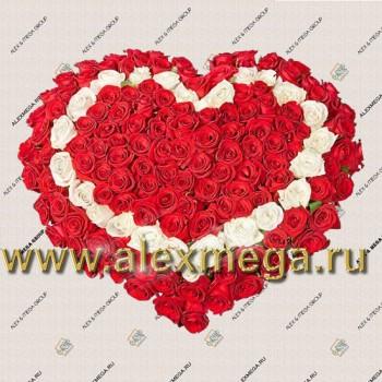 """Композиция """"Сердце"""". 201 роза."""