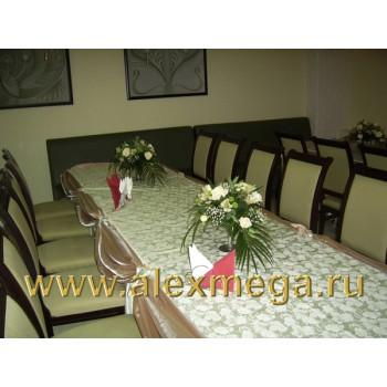 Оформление цветами свадьбы, ресторан PATHE. Композиции на столы гостей.