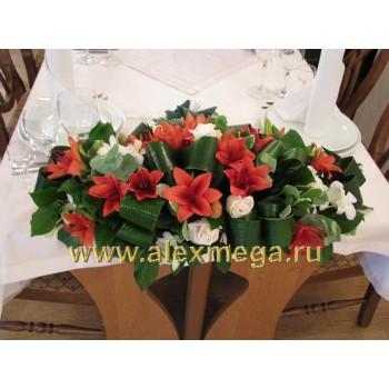 Цветочные композиции в торцы столов гостей