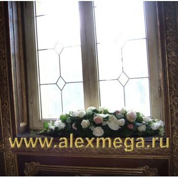 Украшение цветами банкетного зала ресторана Турандот