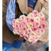 У нас есть чудесные ароматные пионовидные розочки, мы ждём Вас ежедневно с 9 до 21 💗 . . . @alexmegagroup желает Вам прекрасного настроения, не смотря на пасмурную погоду ☀️ . . ——————— AlexMegaGroup AMG#alexmegagroup#alexmega#amg#цветочки#цветы#flowers#цветыназаказ#доставкабукетов#цветывкоробке#101роза#букет#свадьба#цветынасвадьбу#свадебноеоформление#букетневесты#флористика#подарок#магазинцветочки#сходненская#фабрициуса40#тушинская#циолковского7#митино#пятницкоешоссе42#магазинцветочки#шляпныекоробки#ящички#ящикисцветами#цветочки#флорист#флористика#букет