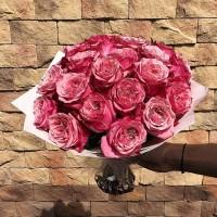 Любите Пионы и Розы, но не можете определиться? Мы подберем для Вас пионовидные Розы 🌹 😉 . Цена букета : 1800₽ . ——————— AlexMegaGroup AMG#alexmegagroup#alexmega#amg#цветочки#цветы#flowers#цветыназаказ#доставкабукетов#цветывкоробке#101роза#букет#свадьба#цветынасвадьбу#свадебноеоформление#букетневесты#флористика#подарок#магазинцветочки#сходненская#фабрициуса40#тушинсfкая#циолковского7#митино#пятницкоешоссе42#деньсемьи#деньсемьилюбвииверности