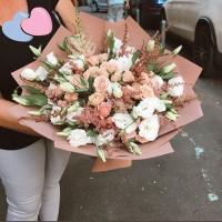 Праздники не заканчиваются ! Скоро «День учителя» 💛 Вы всегда можете заранее сделать заказ у нас в магазине💐 . . ——————— AlexMegaGroup AMG#alexmegagroup#alexmega#amg#цветочки#цветы#flowers#цветыназаказ#доставкабукетов#цветывкоробке#101роза#букет#свадьба#цветынасвадьбу#свадебноеоформление#букетневесты#флористика#подарок#магазинцветочки#сходненская#фабрициуса40#тушинская#циолковского7#митино#пятницкоешоссе42#магазинцветочки#шляпныекоробки#ящички#ящикисцветами#цветочки#флорист#флористика#букет