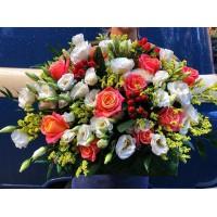 Яркие краски однозначно поднимают настроение и вызывают улыбку 😁 не единожды проверено нами!  Корзина с цветами-6500₽ ——————— AlexMegaGroup AMG#alexmegagroup#alexmega#amg#цветочки#цветы#flowers#цветыназаказ#доставкабукетов#цветывкоробке#101роза#букет#свадьба#цветынасвадьбу#свадебноеоформление#букетневесты#флористика#подарок#магазинцветочки#сходненская#фабрициуса40#тушинсfкая#циолковского7#митино#пятницкоешоссе42#магазинцветочки#шляпныекоробки#ящички#ящикисцветами#цветочки
