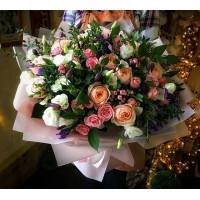 Легко и просто-вот девиз сегодняшнего дня🤗Красивый букет-это не только роскошные Цветы и внушительные размеры,с нашими букетами можно поверить в сказку✨✨✨/8000₽/——————— AlexMegaGroup AMG#alexmegagroup#alexmega#amg#цветочки#цветы#flowers#цветыназаказ#доставкабукетов#цветывкоробке#101роза#букет#свадьба#цветынасвадьбу#свадебноеоформление#букетневесты#флористика#подарок#магазинцветочки#сходненская#фабрициуса40#тушинсfкая#циолковского7#митино#пятницкоешоссе42#магазинцветочки#шляпныекоробки#ящички#ящикисцветами#цветочки
