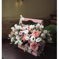 Наша душа - это корзина цветов, наполненная ароматами любви, дружбы, уважения и радости!  Дарите частичку души, а мы поможем Вам подобрать нужную корзину😉 С любовью, Alexmegagroup 💜 ————————————— ————————————— AlexMegaGroup AMG#alexmegagroup#alexmega#amg#цветочки#цветы#flowers#цветыназаказ#доставкабукетов#цветывкоробке#101роза#букет#свадьба#цветынасвадьбу#свадебноеоформление#букетневесты#флористика#подарок#магазинцветочки#сходненская#фабрициуса40#тушинсfкая#циолковского7#митино#пятницкоешоссе42#магазинцветочки#шляпныекоробки#ящички#ящикисцветами#цветочки#живопись#искусство