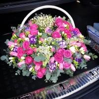Мужчины ради женщин совершают невероятные поступки,которые запоминаются надолго и живут в сердце всегда✨Радуйте любимых вместе с @alexmegagroup ❤️ Шикарная корзина с невероятно ароматными ландышами,сиренью,фрезией и пионовидной розой - 27000₽ ——————— AlexMegaGroup AMG#alexmegagroup#alexmega#amg#цветочки#цветы#flowers#цветыназаказ#доставкабукетов#цветывкоробке#101роза#букет#свадьба#цветынасвадьбу#свадебноеоформление#букетневесты#флористика#подарок#магазинцветочки#сходненская#фабрициуса40#тушинсfкая#циолковского7#митино#пятницкоешоссе42#магазинцветочки#шляпныекоробки#ящички#ящикисцветами#цветочки