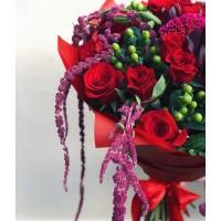 Любите добавить в букет нотку необычного? Тогда приходите к нам в @alexmegagroup 😉 .  Букет с амарантусом 6000р . ——————— AlexMegaGroup AMG#alexmegagroup#alexmega#amg#цветочки#цветы#flowers#цветыназаказ#доставкабукетов#цветывкоробке#101роза#букет#свадьба#цветынасвадьбу#свадебноеоформление#букетневесты#флористика#подарок#магазинцветочки#сходненская#фабрициуса40#тушинсfкая#циолковского7#митино#пятницкоешоссе42#деньсемьи#амарантус